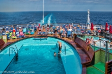 Pool and hot tub at the stern