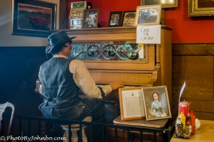Piano player inside the Olive Oatman Restaurant.