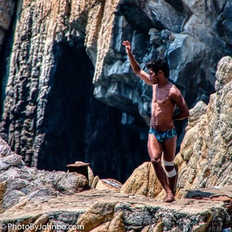 Acapulco Cliff Divers-11