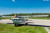 Prepping a Cessna 152.